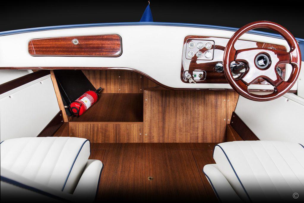 Boats for Sale in London UK - Grosvenor Yachts - Boesch 620 Sport Century Edition