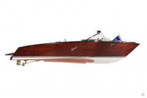 Boats for Sale in London UK - Grosvenor Yachts - Boesch 625 Century Edition