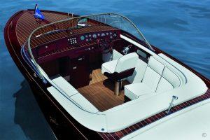 Boats for Sale in London UK - Grosvenor Yachts - Boesch 750 Portofino de Luxe Century Edition