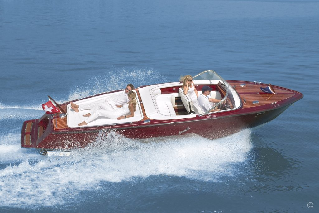 Boats for Sale in London UK - Grosvenor Yachts - Boesch 710 de Luxe Century Edition