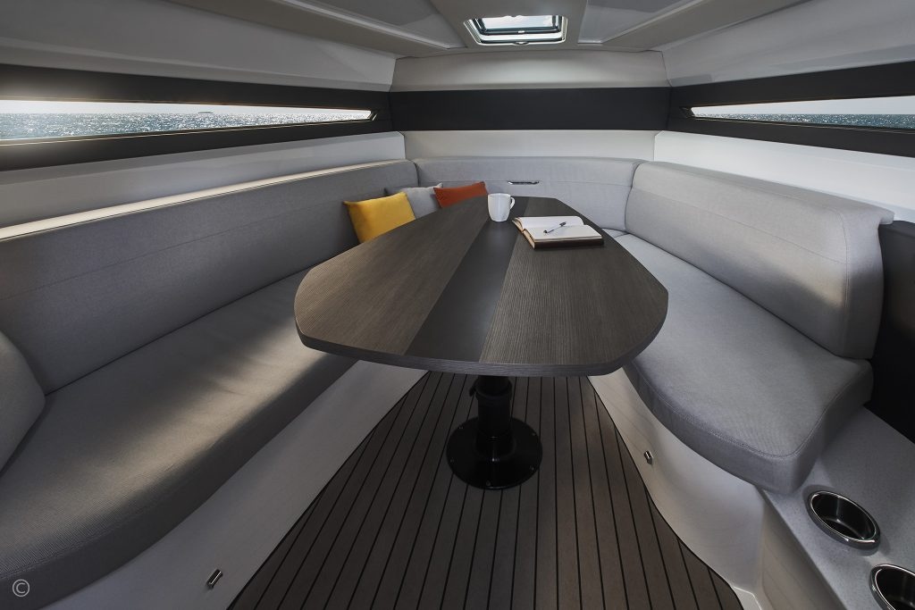 Boats for Sale in London UK - Grosvenor Yachts - Marquis M42