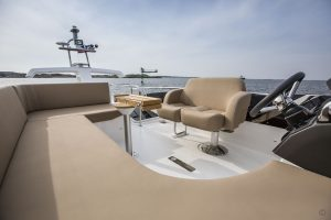 Yachts for Sale in London UK - Grosvenor Yachts - Nimbus Flybridge 405