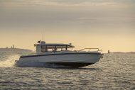 Boats for Sale in London UK - Grosvenor Yachts - Nimbus Commuter 9