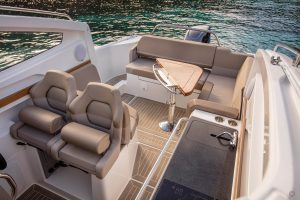 Boats for Sale in London UK - Grosvenor Yachts - Nimbus Weekender 9