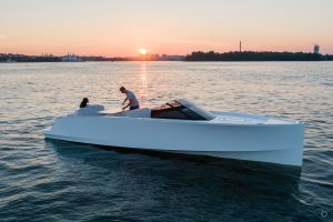 Boats for Sale in London UK - Grosvenor Yachts - Q Yachts Q30