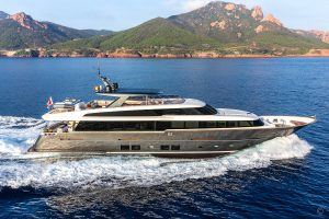 Yachts for Sale in London UK - Grosvenor Yachts - Van der Valk Raised Pilothouse 32m