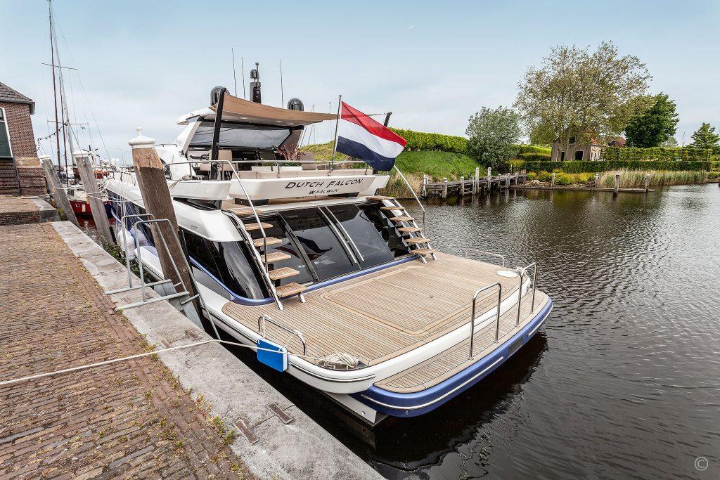 Yachts for Sale in London UK - Grosvenor Yachts - Van der Valk BeachClub 600