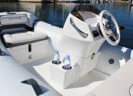 Walker Bay Generation 11 LTE with 3 Seat Console