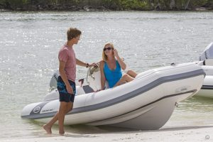 Boats for Sale in London UK - Grosvenor Yachts - Walker Bay Generation 400