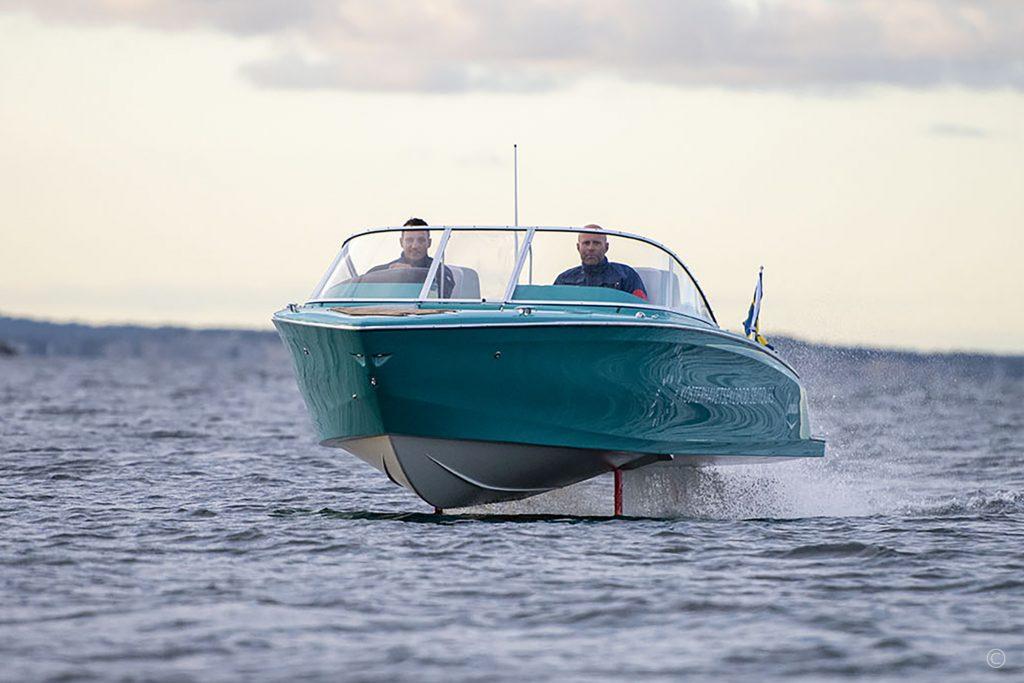 Boats for Sale in London UK - Grosvenor Yachts - Candela Seven