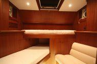 Yachts for Sale in London UK - Grosvenor Yachts - Van der Valk Flybridge 24.6m