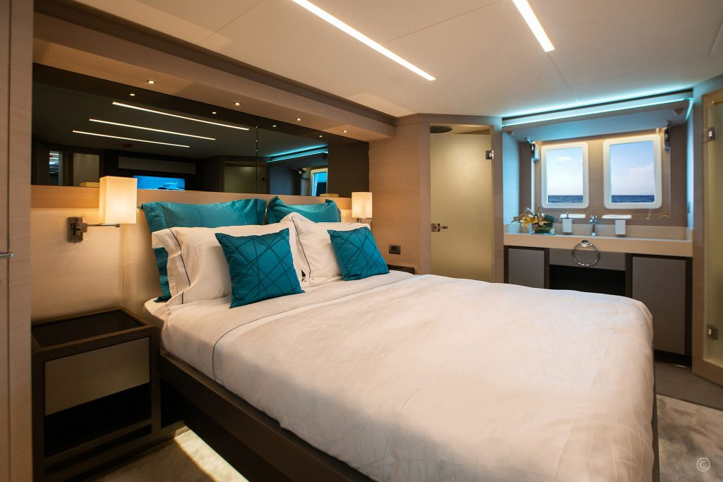 Yachts for Sale in London UK - Grosvenor Yachts - Gulf Craft Nomad 65 SUV