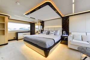 Yachts for Sale in London UK - Grosvenor Yachts - Gulf Craft Majesty 122