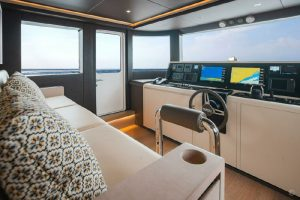 Yachts for Sale in London UK - Grosvenor Yachts - Gulf Craft Nomad 95 SUV